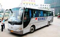 Из «Борисполя» в Киев ездят неудобные китайские автобусы