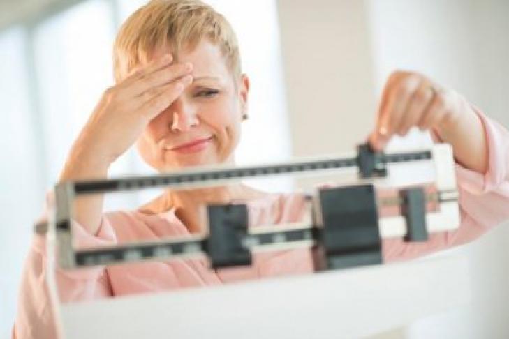 Исследования: частая проверка своего веса приводит к расстройствам психики