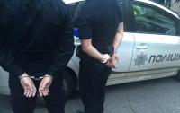 Во Львове на взятке поймали двух патрульных полицейских