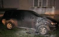 СМИ: В Коломые подожгли депутатский Mitsubishi
