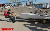 Юниоры в Севастополе умудрились ходить на яхтах посуху, как по воде (ФОТО)