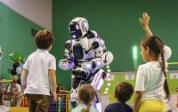 Российский робот оказался человеком