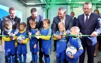 Федерація футболу України стала першою в світі власницею заводу з виробництва штучних футбольних полів
