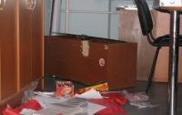 В Крыму неизвестные напали на офис нардепа-бютовца из-за информации о выборах