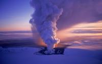 В Европе закрывают аэропорты из-за извержение вулкана Гримсвотн в Исландии
