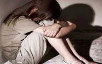 На Закарпатье трех мужчин подозревают в групповом изнасиловании девушки