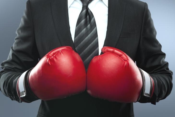 ВКанаде боксер после боя получил ведром поголове
