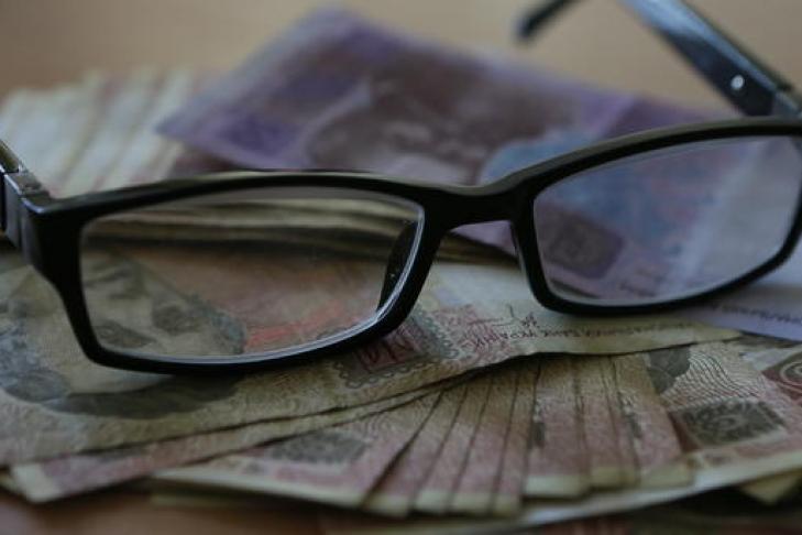Главам ОГА иРГА поручили проконтролировать повышение минимальной заработной платы