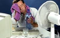 В Киеве мэрия просит сократить рабочий день из-за жары