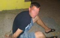 Вооруженный пьяный мужчина пытался