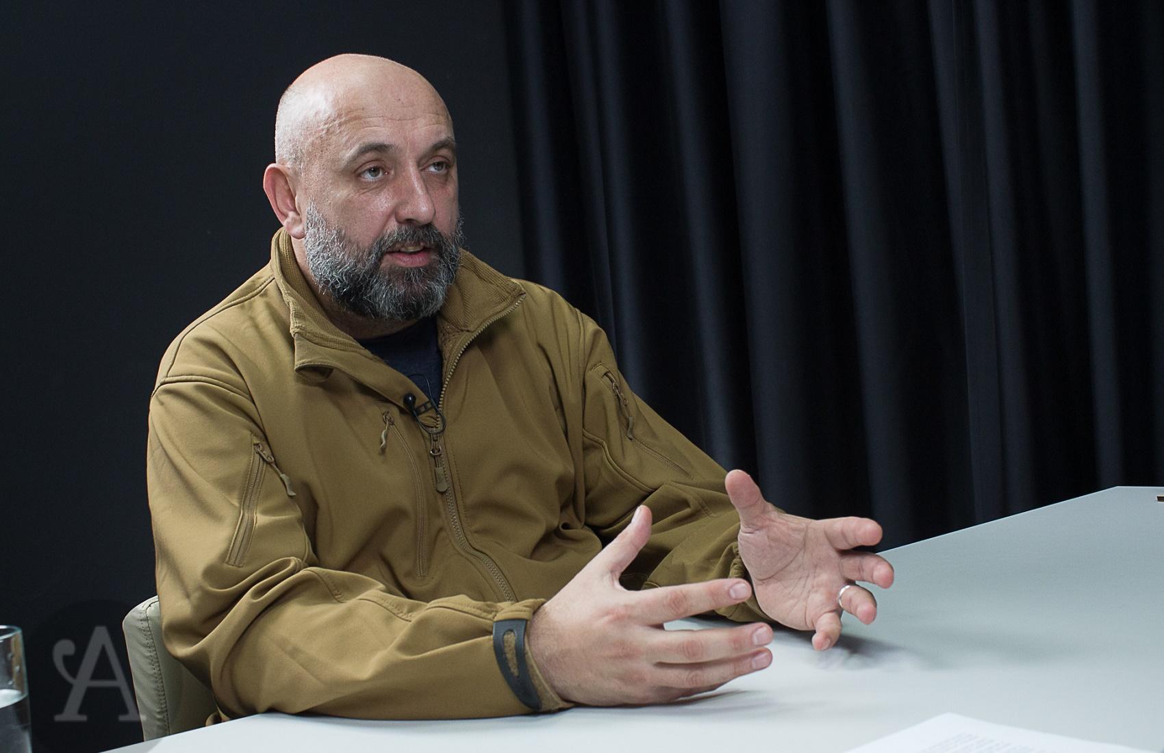 Генерал ВСУ объяснил, почему уехавшие из Крыма и Донбасса украинцы возвращаются обратно