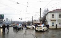 В Харькове неизвестный захватил