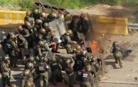 Более двухсот человек пострадали в Каракасе в ходе протестов