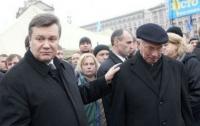 Януковича и Азарова оставили без пенсий