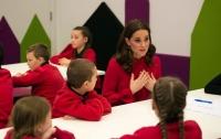 СМИ: Кейт Миддлтон пожертвовала волосы на парики для детей