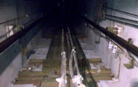 В Мариуполе мужчина провалился в шахту лифта