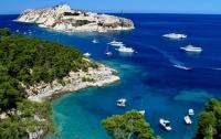 Двух французов могут отправить в тюрьму из-за итальянского песка