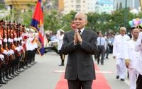 Неуважение к королю Камбоджи стало уголовным преступлением