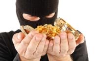 В Херсоне злоумышленники ограбили ювелирный магазин