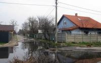 В Киеве «фекальный» прорыв почти 2 месяца отравляет жизнь жителям массива ДВРЗ