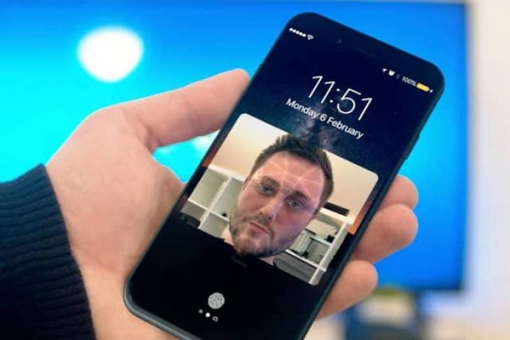 ВiPhone 8 будет выпущен с64 и256 ГБпамяти— TrendForce