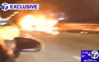 Виновник ДТП в Нью-Йорке оставил пассажирку гореть в машине (видео)