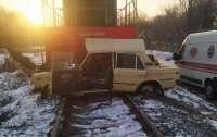 ДТП в Виннице: поезд на скорости протаранил авто с молодым водителем