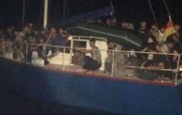 В Италии задержали украинскую яхту с 71 мигрантом