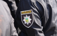 С крыши символа Днепра упала 16-летняя девушка