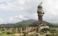 В Индии почти достроили самую высокую статую в мире