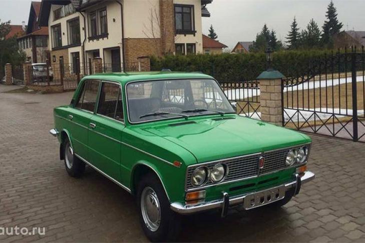 ВТольятти продается ВАЗ-2103 1979 года выпуска стоимостью в3,5 млн руб.