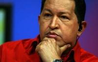 Чавес приостановил ядерную программу