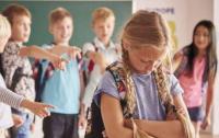Школьный буллинг: в Запорожье ученица избила 13-летнюю девочку