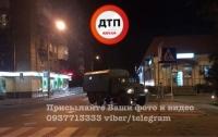 ДТП в Киеве: армейский ЗИЛ столкнулся с мопедом