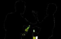 На свою зарплату украинцы могут здорово напиться и похмелиться