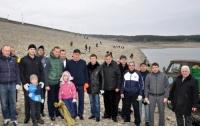 Могилев и Агеев чистили обмелевшее Симферопольское водохранилище (ФОТО)