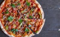 Итальянские ученые доказали, что пицца может спасти от рака