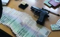 СБУ поймала на взятках двух должностных лиц в Донецкой области