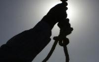 На Прикарпатье повесился 52-летний мужчина