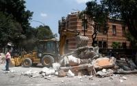 При обрушении школы из-за землетрясения в Мехико погибли 20 детей