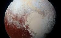 На поверхности Плутона обнаружены подвижные блоки льда
