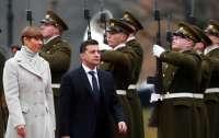 Зеленский обратился к Путину из Таллина