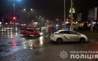 Задержаны 30 человек: в Сумах банда изрезала колеса на 15 маршрутках