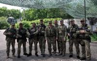 Из-за обострения на фронте на Донбасс прибыл Турчинов