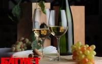 Алкоголь укрепляет женские кости, - ученые