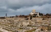 В крымские церкви сделали вход по специальным паспортам