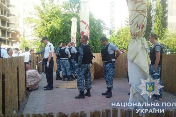 Вресторане Одессы произошла драка сострельбой: размещено  видео сместаЧП