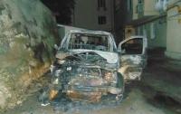 Взрыв микроавтобуса в Киеве: появились подробности