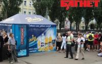 В Киеве запретили ставить киоски у метро