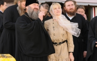 В Лавре установили крест, который был потерян в военные годы